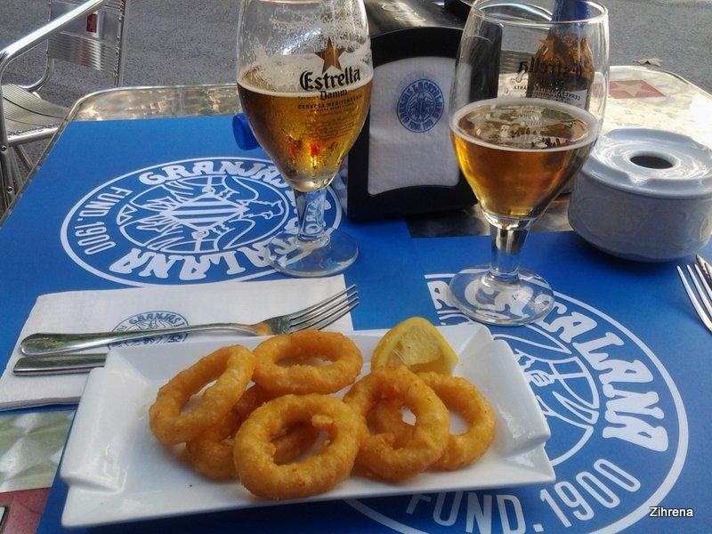 Beer and calamari tapas