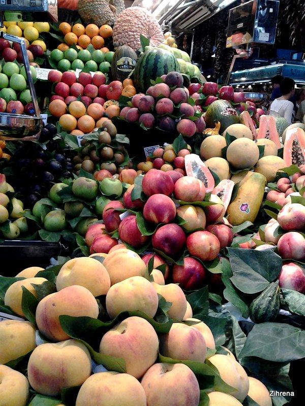 Stacks of fruit, Barcelona